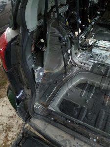 Виброизоляция и Шумоизоляция Peugeot 4007