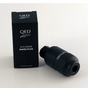 QED Performance IEC Connector Gold