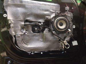 Шумоизоляция акустика сабвуфер Range Rover